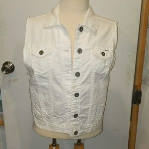 Large White Button up Vest